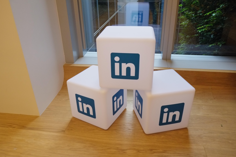 38 POST LinkedIn stock-photos-image1463477449